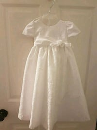 long baptism gown with hat (0 -3 months)  Mississauga, L5V 1S4