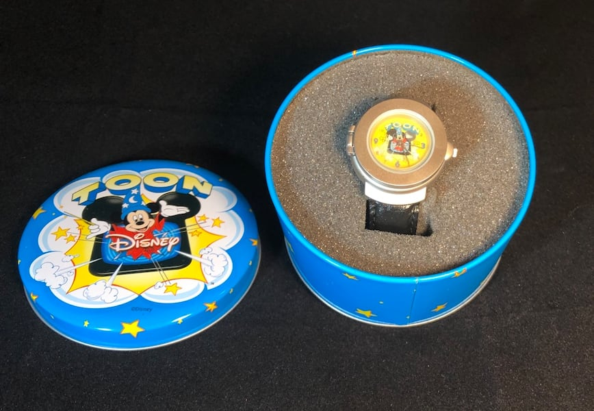 Disney Mickey Mouse Sorcerers Apprentice 3D Pop-Up Watch, Vintage 506db410-4e85-4091-b986-538171323ab6