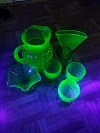 Uranium glass pitcher, 2 vases & and for matching classes