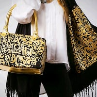 Egyptian Handbag with matching scarf Detroit, 48219