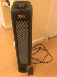 Holmes 23 inch tall oscillating space heater 46 km