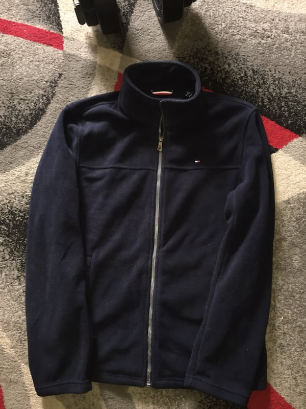 Tommy hilfiger sweater  0