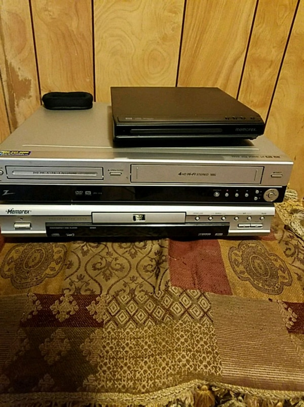 **Over 150 DVD and 50VHS tapes**. all together with the 3 systems 138453c1-2617-41ad-9e5d-c36fd719fa20