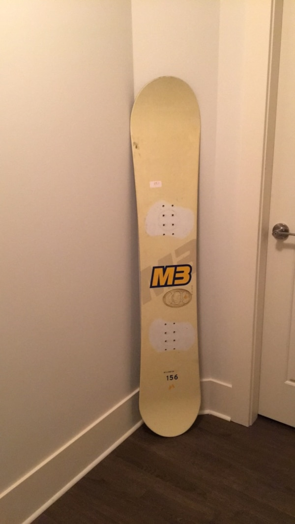156 M3 snowboard in lightly used condition