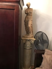 Venus of Nilo, two busts  they are sell separately