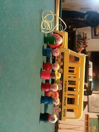 Fisher Price school bus and people Southport, 28461