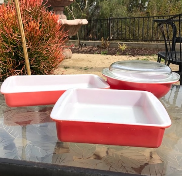 Vintage Pyrex Pink Flamingo Lot