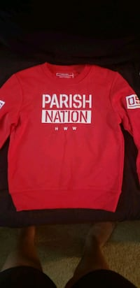 boys red sweatshirt  Fredericksburg, 22401