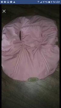 Pink carseat cover Des Moines, 50317