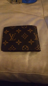 Louis Vuitton wallet...used once Calgary, T3L 2M7