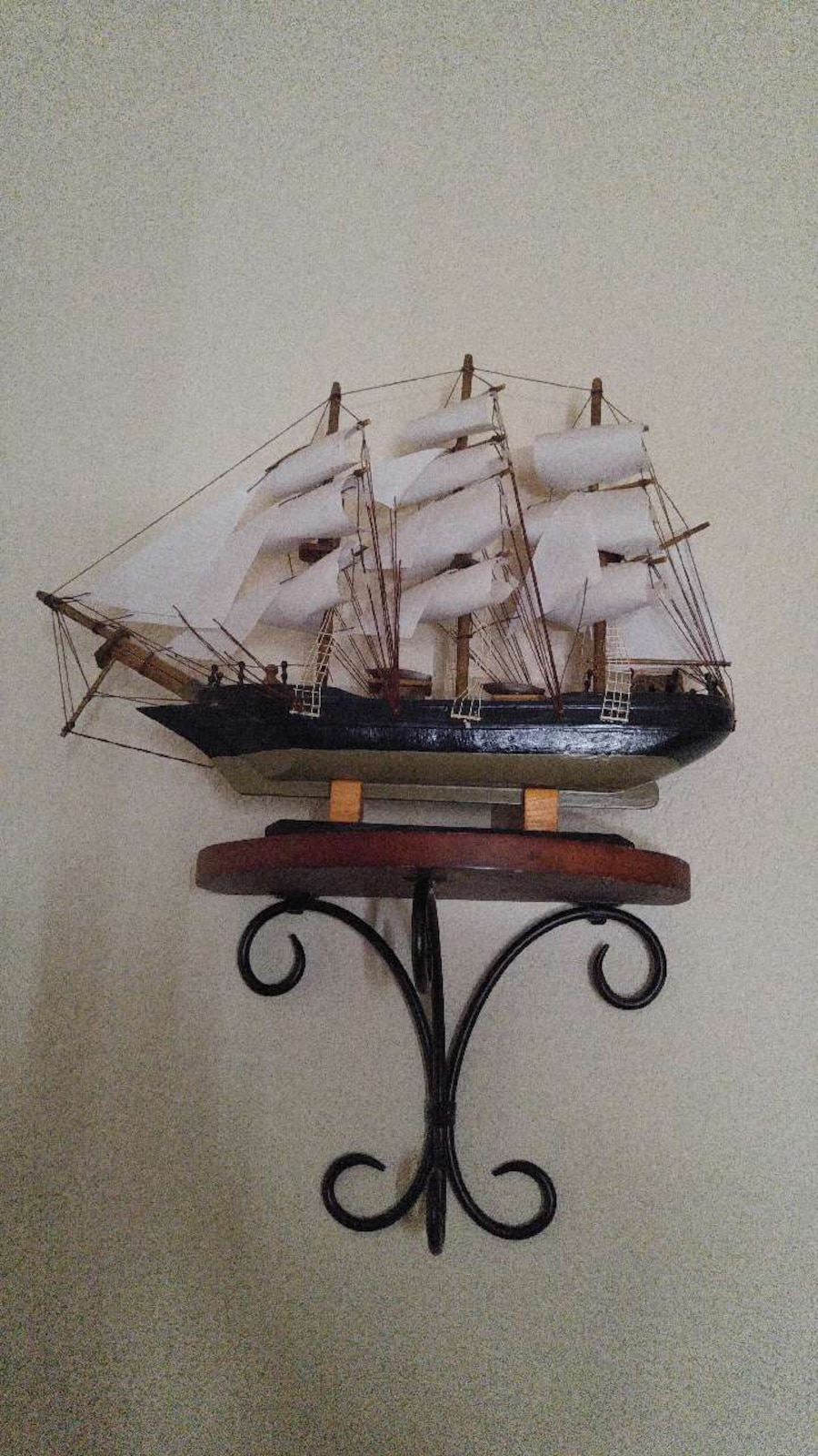 Wooden ships with shelves - AZ