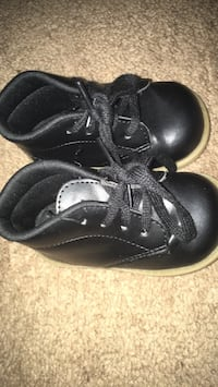 Walking shoes Frederick, 21701