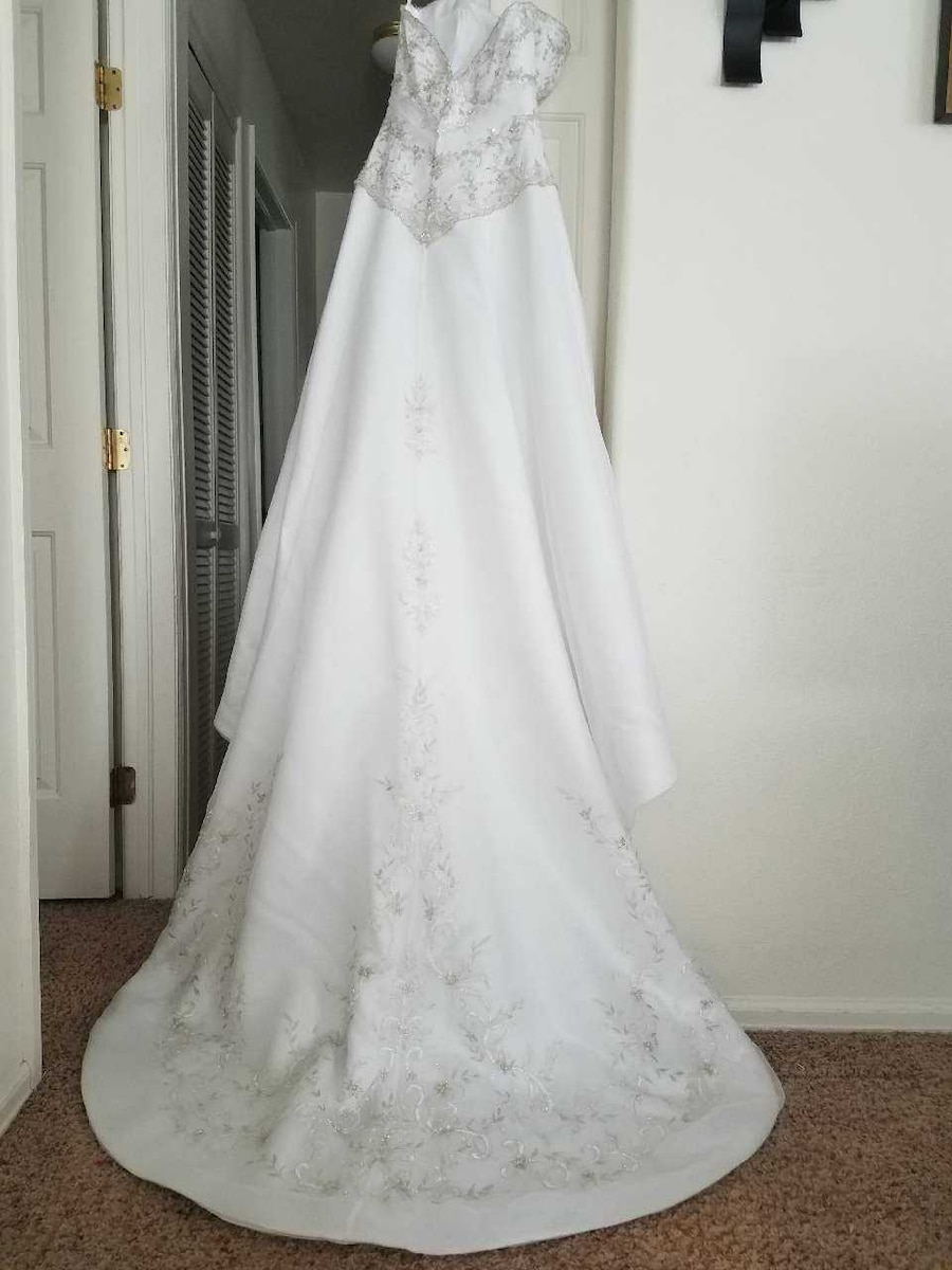 used mori lee wedding gown in grand junction