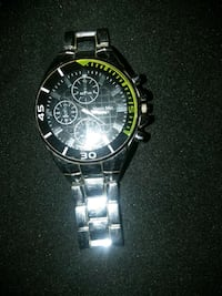round silver-colored chronograph watch with link bracelet Bessemer, 35020