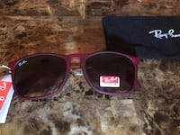brown frame Ray-ban sunglasses with case