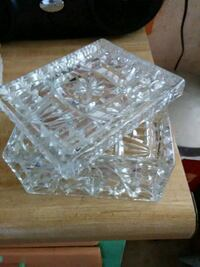 clear cut glass bowl with box Joplin