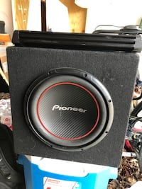 12 in car speaker and kicker amp! Florence, 41042