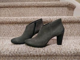 New Ecco Leather Bootie Women's Size 10 - 10.5
