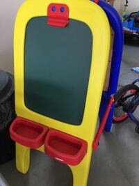 yellow, red, and blue easel Eastvale, 92880