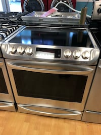 LG 5 Burner Electric Range  Elkridge, 21075