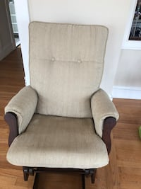 Rocking Chair and Ottoman 65 km