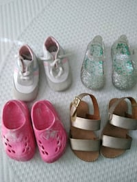 Baby girls size 4 saddles fut like a 4 but 5 Early, 76802