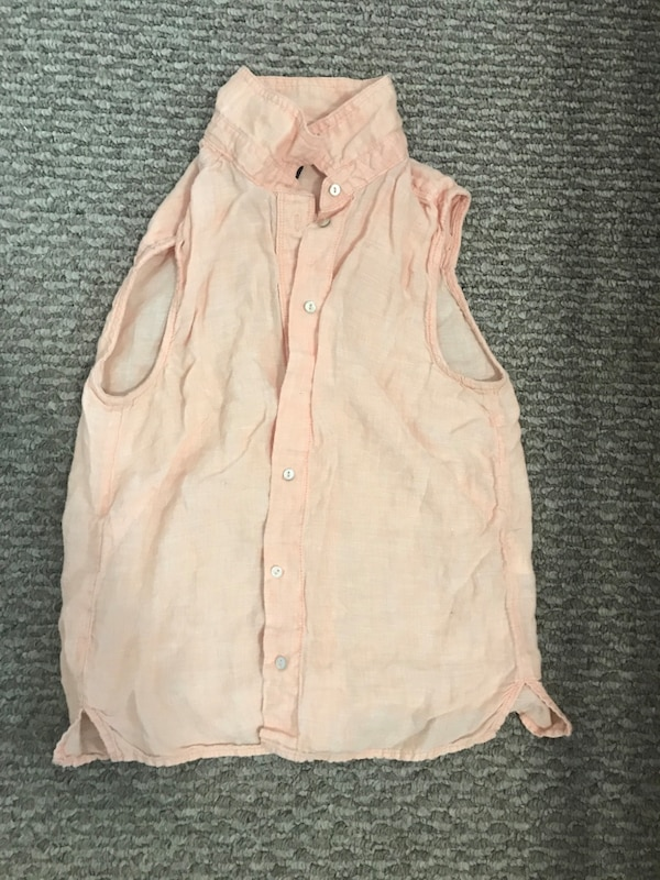 Between 10 and 12 year old girl clothing $25 or OBO ac8a5deb-cbe0-4ede-ba8f-79f659d7113c