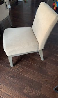 Matching Pottery Barn dining chair set (4 armless + 2 with arms) Chaska, 55318