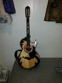 black and brown acoustic guitar Chicago, 60623