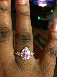 Silver-colored ring with pink gemstone Arlington, 22201