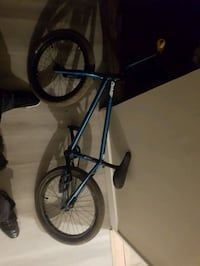 special mat conway bmx looking for a vehicle to trade  Calgary, T2T