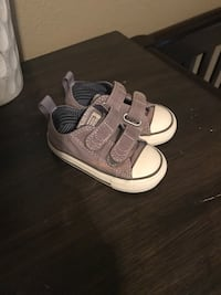 Toddler shoes size 5 Madera, 93637
