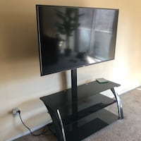 "49"" Vizio Smart tV with black glass stand Upper Marlboro, 20774"