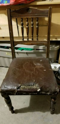 Antique/vintage chairs  Maple Ridge, V2X 6T2