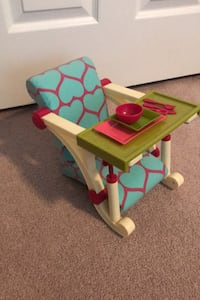American Girl/18 inch doll dining booster seat with dishes