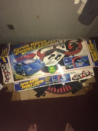 black and red Super Duper Double Looper toy track box Buckhannon, 26201