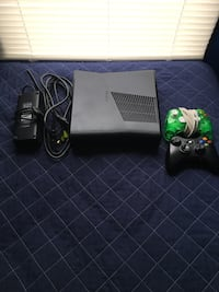 Black xbox 360 console with controller Alexandria, 22303