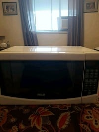 Rca microwave, like new Cambridge, N1R 4S4