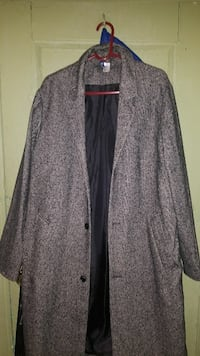 Brand New Thin Coat New York, 10031