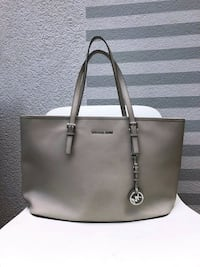 Michael Kors leather bag Centreville