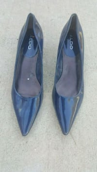Navy blue Aldo shoes 1692 mi