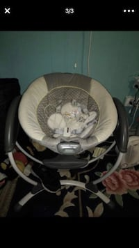 baby's gray and white bouncer Manassas