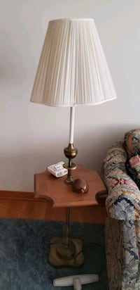 Lamp and End Table East Syracuse, 13057
