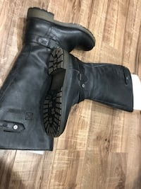 Naturalizer women black leather boots size 6 Toronto, M3A 3M3
