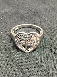 Sterling sliver tree of life heart ring size 6 Houston, 77093