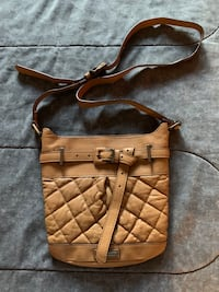 Burberry Leather Crossbody Shoulder Bag