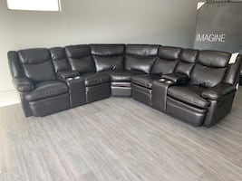 2 0 1 9 BRAND NEW Bergami 6 piece leather Sectional ON SALE ! !