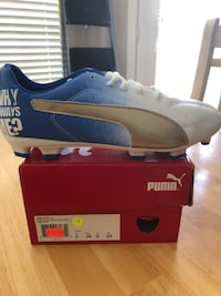 Pair #19 size Jr. 6 Puma Junior's Outdoor Soccer Shoes Rowlett, 75088