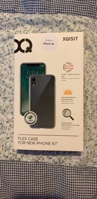 iPhone XR phone case (never been used) London, N6K 2V8