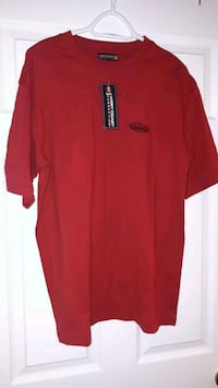 Brand New Men's Beautiful Red Shirt Pointe-Claire